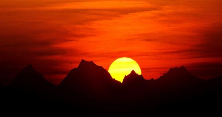 Sunrise from Kausani, Almora, Uttarakhand, India