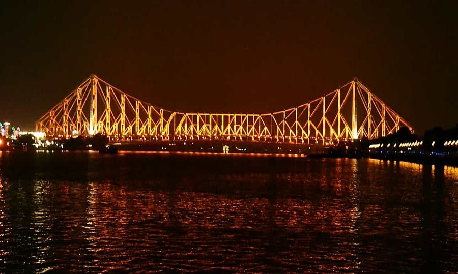 Howrah Bridge, Kolkata, West Bengal