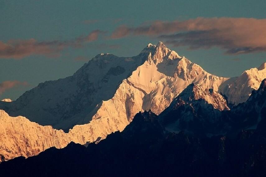 View Of Kanchenjunga From Chotta Mangwa