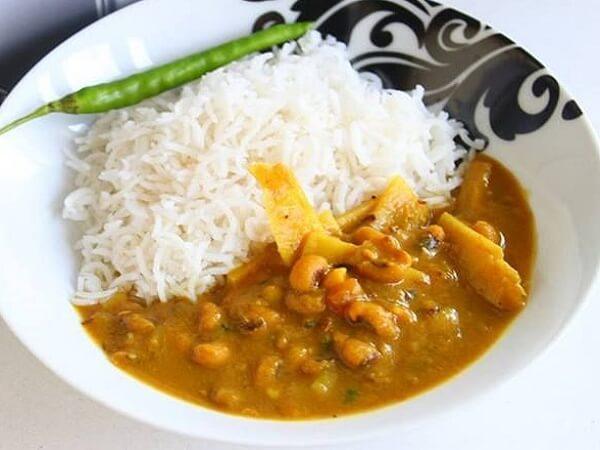 Tama Aloo With Rice