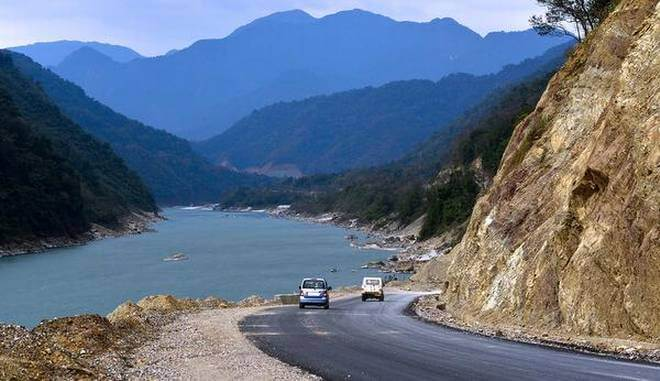 A road near the Siang in Pasighat- One of the Top 10 Places to Visit in Arunachal Pradesh