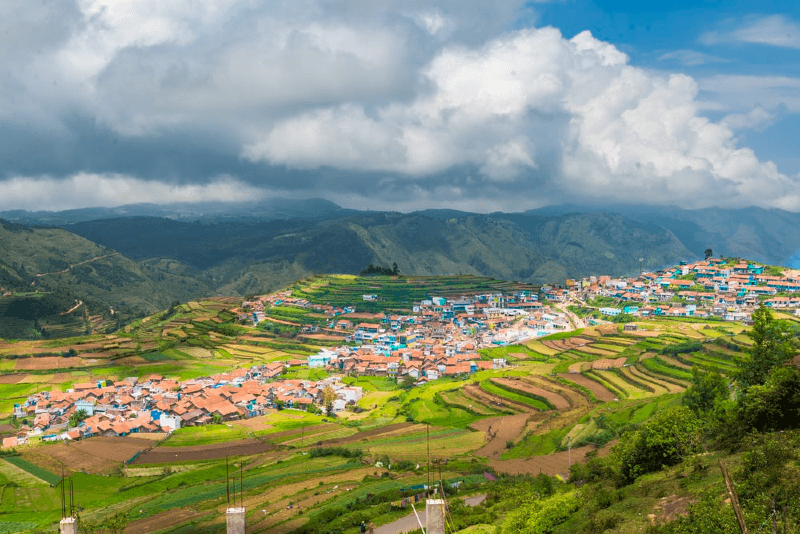5 MUST VISIT HILL STATIONS TO VISIT IN INDIA THIS SUMMER